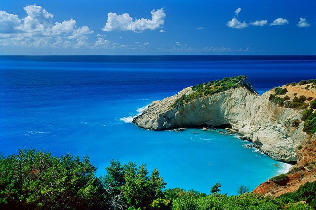 Lefkada Holidays Accommodation, The Absolute Blue, about the island